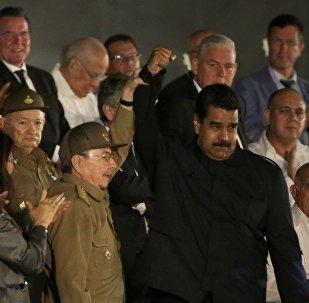 Presidente de Cuba, Raúl Castro, y el presidente de Venezuela, Nicolás Maduro