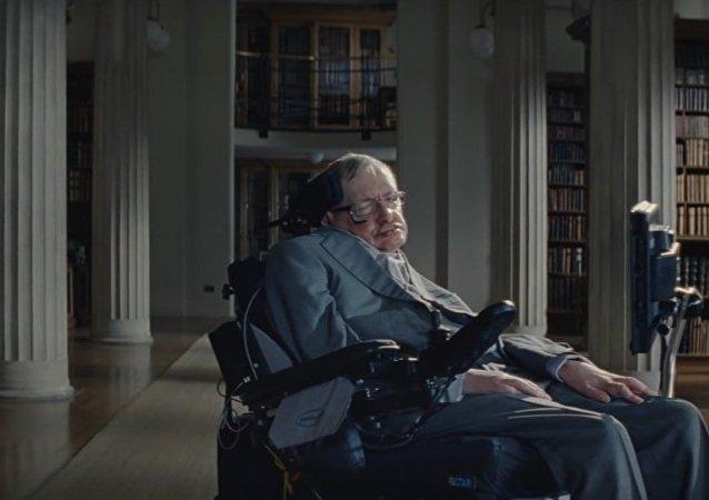 Stephen Hawking ha protagonizado una campaña de concientización acerca del actual problema mundial de la obesidad