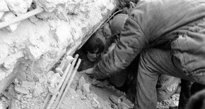 Consecuencias del terremoto en Spitak (Archivo)