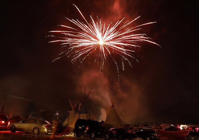 La tribu Sioux de Standing Rock celebra la decisión del Cuerpo de Ingenieros del Ejército