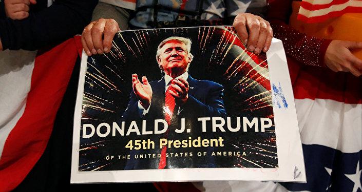 Un poster con Donald Trump