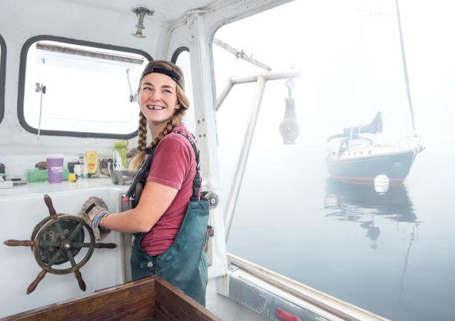 Sadie Samuels, pescadora de langostas, Rockport, Maine