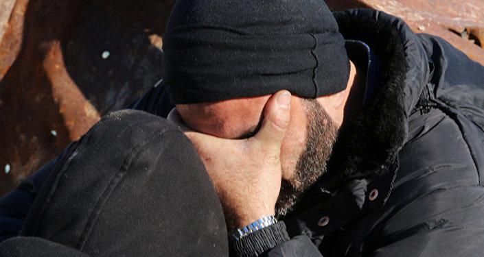 Hombre espera ser avacuado de Alepo, 15 de diciembre de 2016