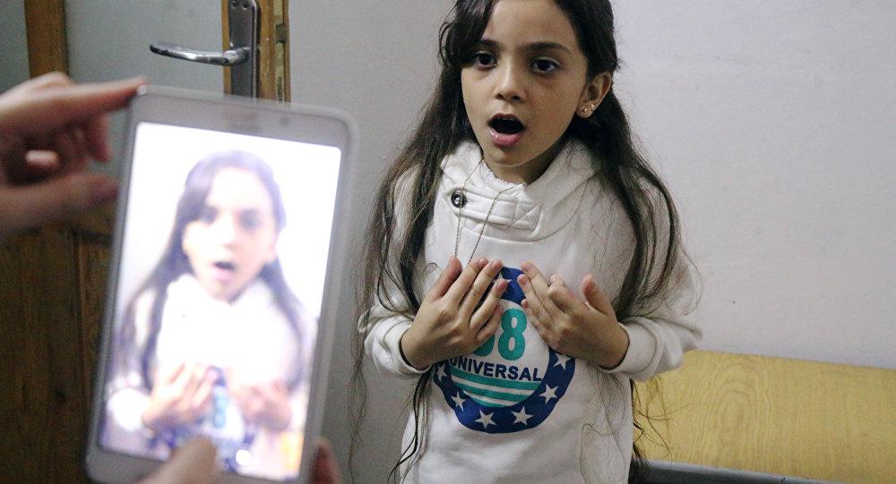 Los tuits de la cuenta de Bana, escritos en inglés, narran de manera dramática cómo es supuestamente la vida en Alepo Oriental