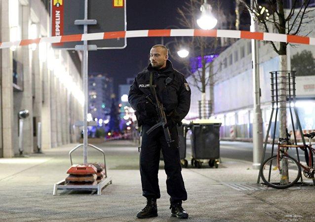 Policía alemana tras el atentado en Berlín