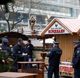 La policía alemana en el lugar del ataque en Berlín