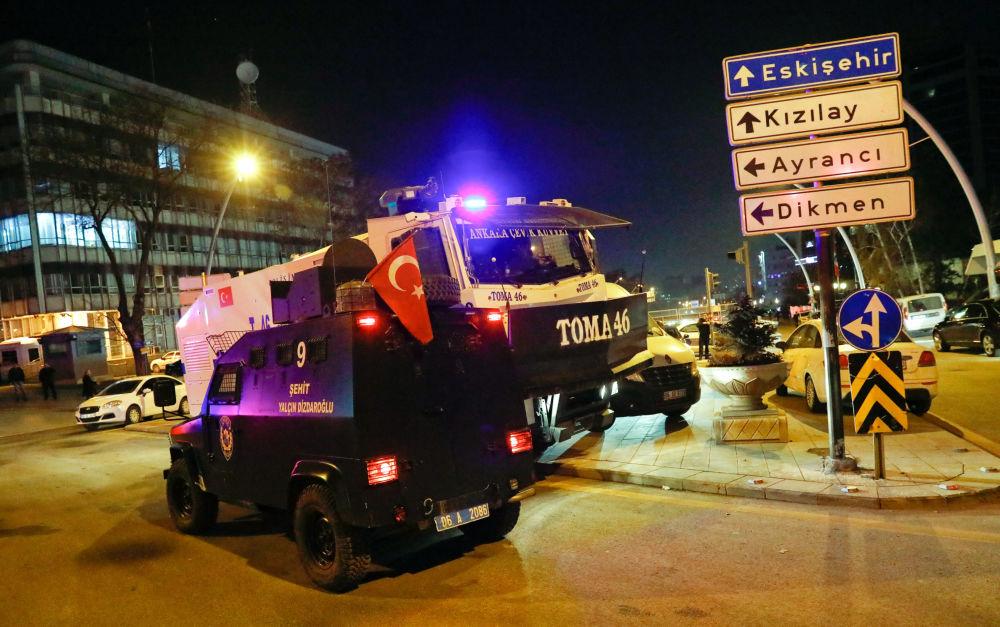 Fuertes imágenes: el asesinato del embajador Kárlov en Ankara