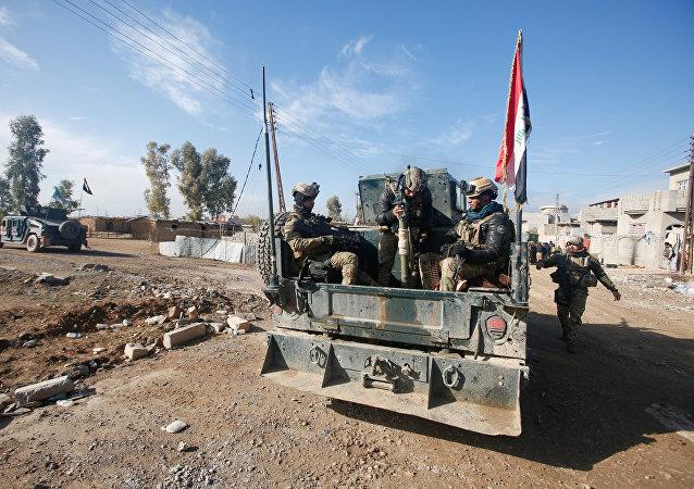 Soldados del Ejército de Irak en Mosul