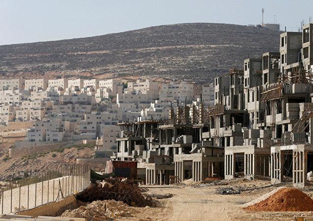 Construcción de viviendas para colonos judíos (archivo)