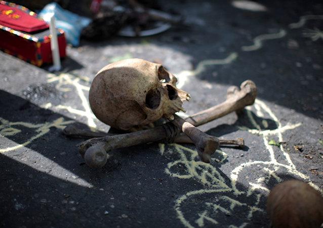Ritual vudú antes de una protesta contra los resultados de la elección en Haití