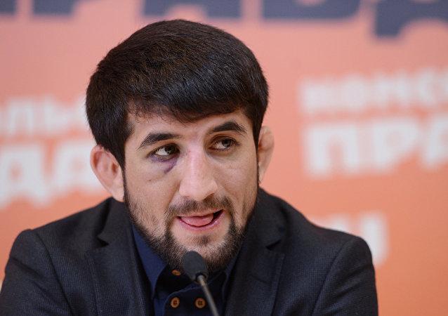 Rasul Mirzaev, campeón mundial de sambo