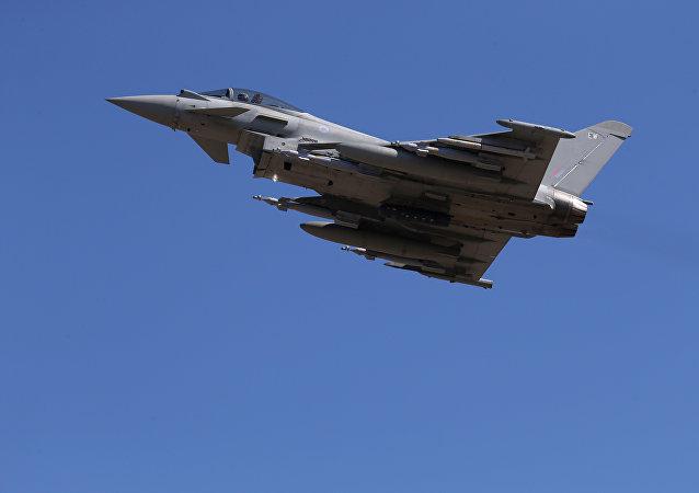Avión británico se dirige para realizar misión de coalición en Irak (archivo)