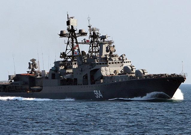 El antisubmarino ruso Almirante Tributs