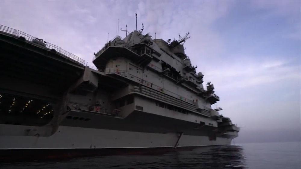 Siria despide a portaaviones ruso tras concluir misión