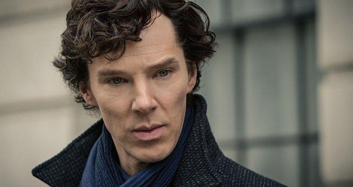 Benedict Cumberbatch protagoniza al detective Sherlock Holmes en la serie televisiva 'Sherlock'