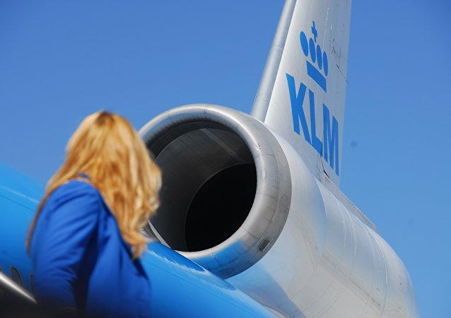 El motor del avión de la aerolínea KLM