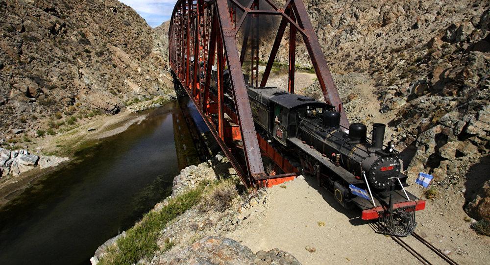Ferrocarril La Trochita, desencadenante de la represión estatal hacia los mapuches