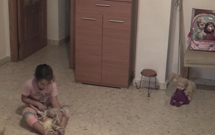 Una 'demoniaca' muñeca infantil cobra vida