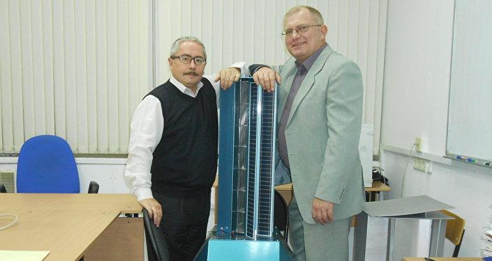 Valery Perevalov y Leonid Primak, los autores del nuevo generador híbrido