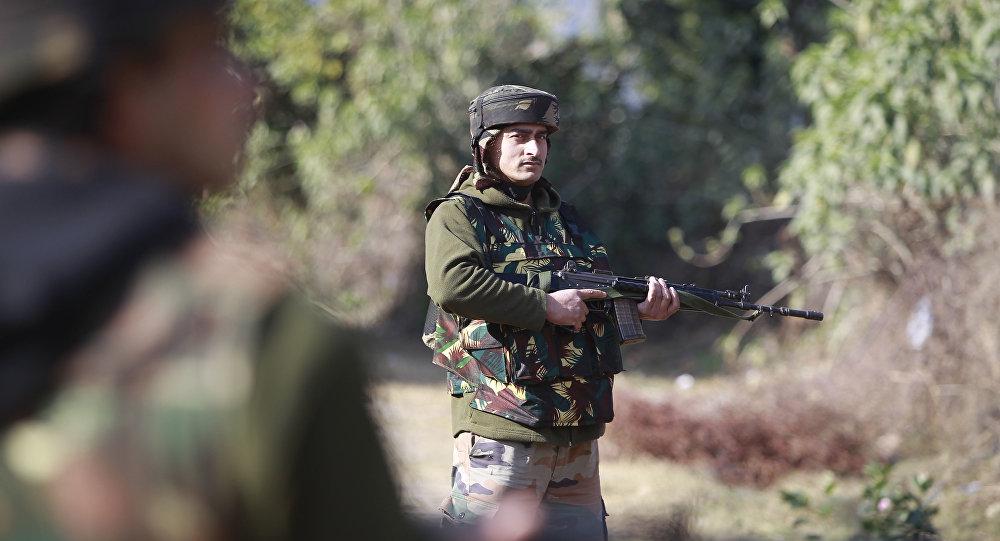 Soldado del Ejército de la India (archivo)