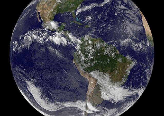 Imagen satélite de la Tierra (archivo)