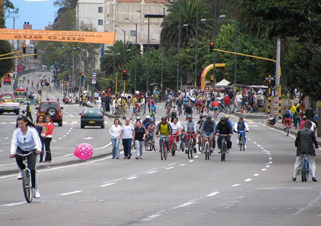 Una ciclovía en Bogotá