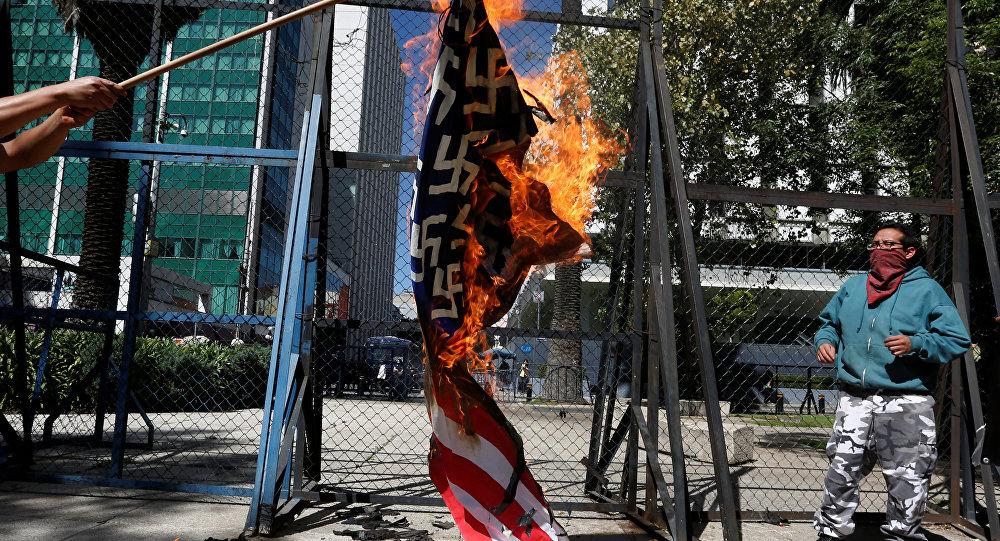 La protesta de mexicanos contra Donald Trump