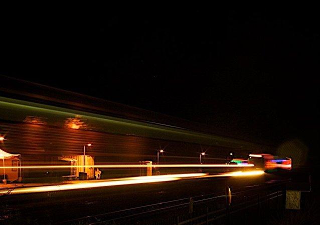 A velocidad de la luz (archivo)