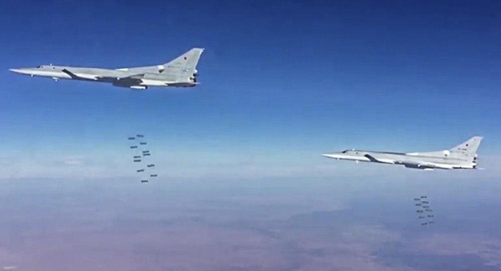 La aviación rusa bombardea posiciones de Daesh en la provincia siria de Deir Ezzor