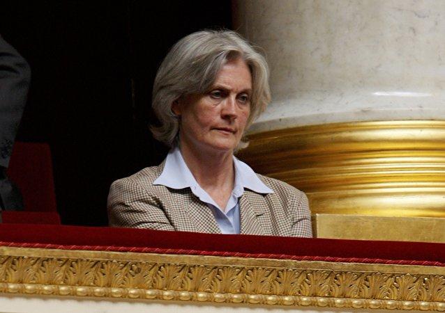 Penelope Fillon, esposa del candidato presidencial de la derecha François Fillon