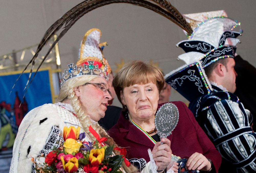 La canciller alemana, Angela Merkel, durante una feria en Berlín