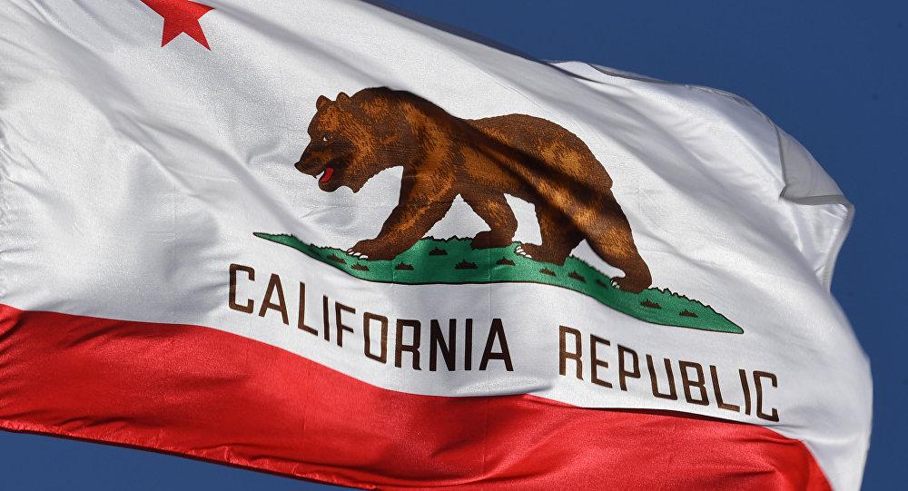 La bandera del estado de California