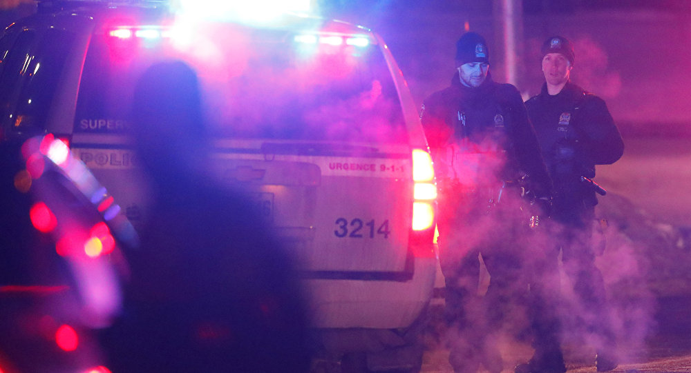 Policía en el lugar del tiroteo en Quebec