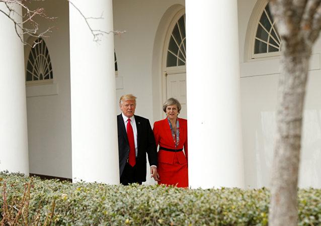 El presidente de EEUU, Donald Trump, y la primera ministra de Reino Unido, Theresa May
