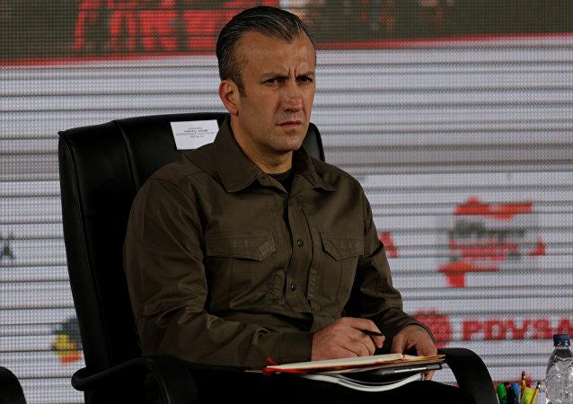 Tareck El Aissami, ministro de Industrias y Producción Nacional y vicepresidente de Economía de Venezuela (archivo)