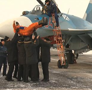 Los aviones del Almirante Kuznetsov llegan a casa