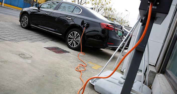 Un coche eléctrico (archivo)
