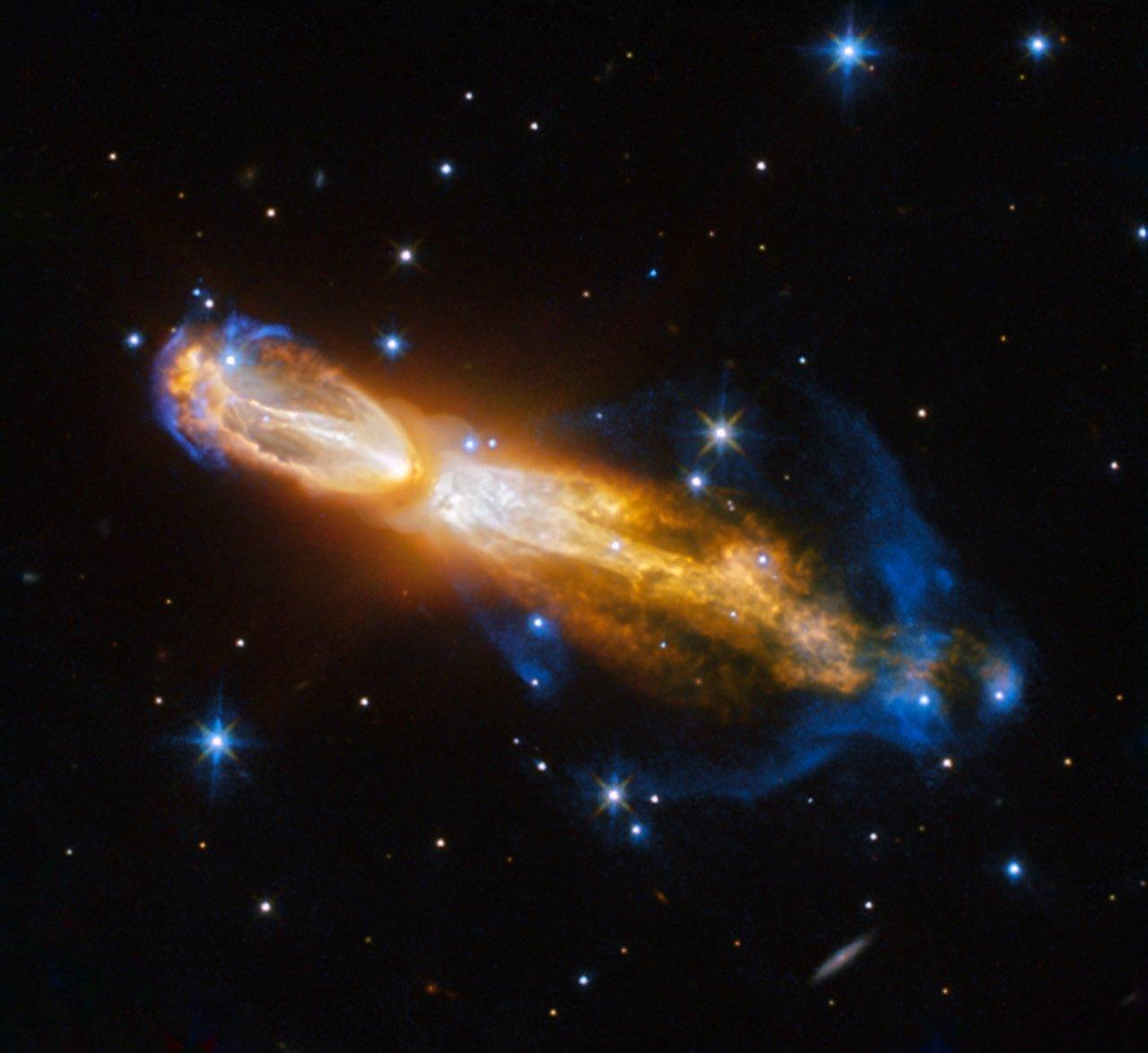 La muerte de una estrella de baja masa en la nebulosa OH 231.8+04