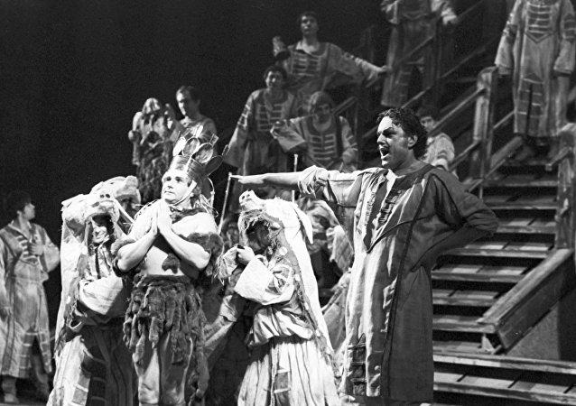 Ópera Pedro el Grande en el Teatro de ópera y ballet de Leningrado (actualmente, Teatro Mariínski)