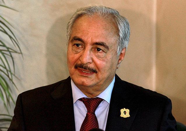 El comandante del Ejército libio, Jalifa Haftar