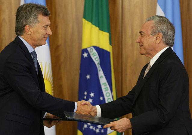 La visita del presidente argentino Mauricio Macri a la ciudad brasileña de Brasilia para reunirse con el mandatario Michel Temer