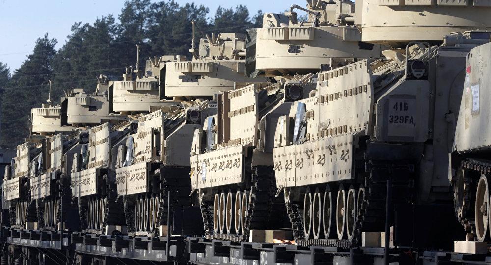 Tanques de la OTAN en Letonia