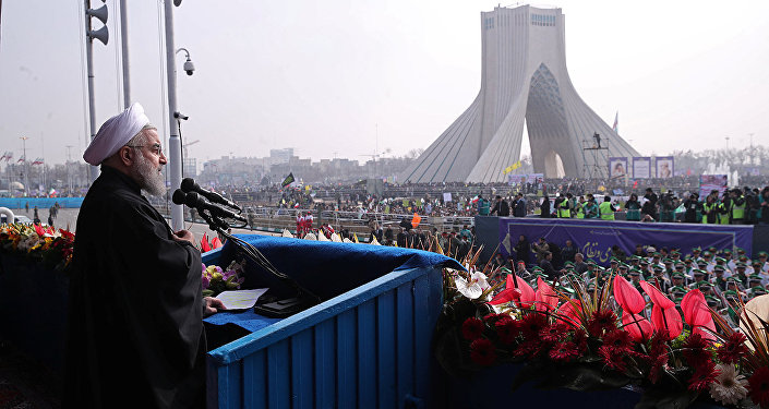 Presidente de Irán, Hasan Rohani, durante la marcha del 38º aniversario de la Revolución Islámica iraní