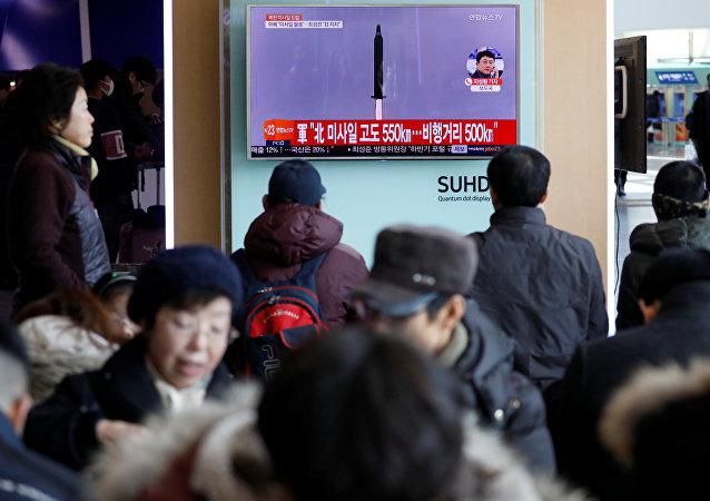 El lanzamiento de misil por Corea del Norte (archivo)