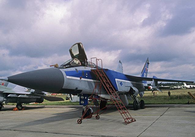 Un avión de caza supersónico ruso MiG-31 (archivo)