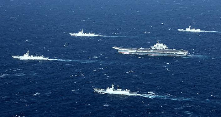 Embarcaciones chinas en el mar (imagen referencial)