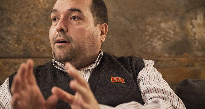 Alejandro Cao de Benós durante su entrevista con Sputnik.
