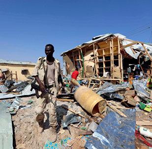 Lugar de la explosión de coche bomba en Somalia