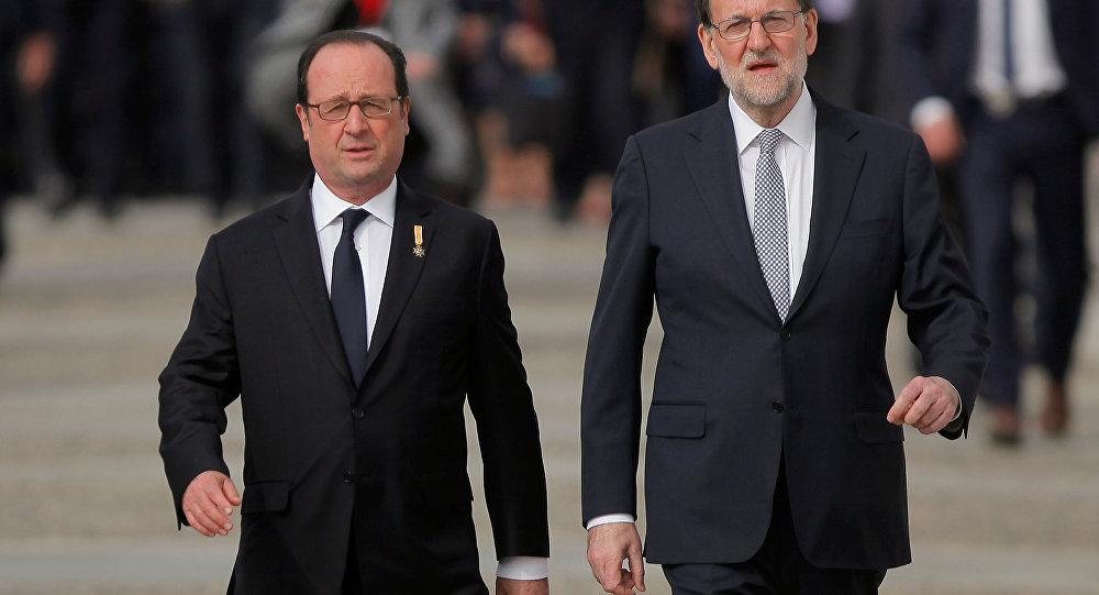 François Hollande, presidente de Francia, y Mariano Rajoy, primer ministro de España
