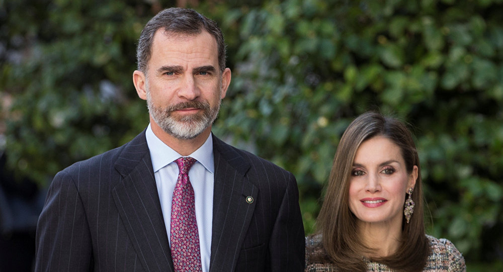 Spain's King Felipe (L) and Queen Letizia arrive at Thyssen-Bornenisza museum in Madrid, Spain, February 17, 2017